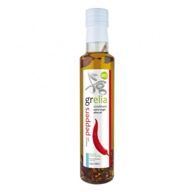 Condiment of extra virgin olive oil and chilli peppers, product of organing farming